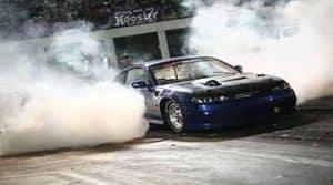 แข่งรถแดร็ก
